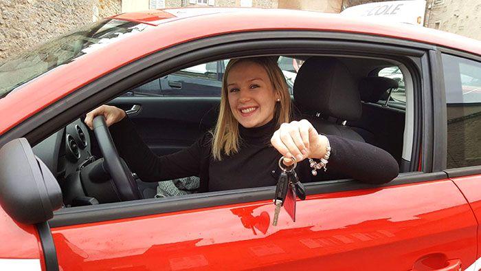 conductrice-avenir-auto-ecole-smallsize